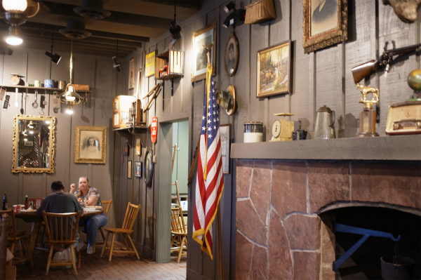 Cracker Barrel‏_20150214_02