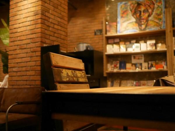 bluebookscafe_20160421_09