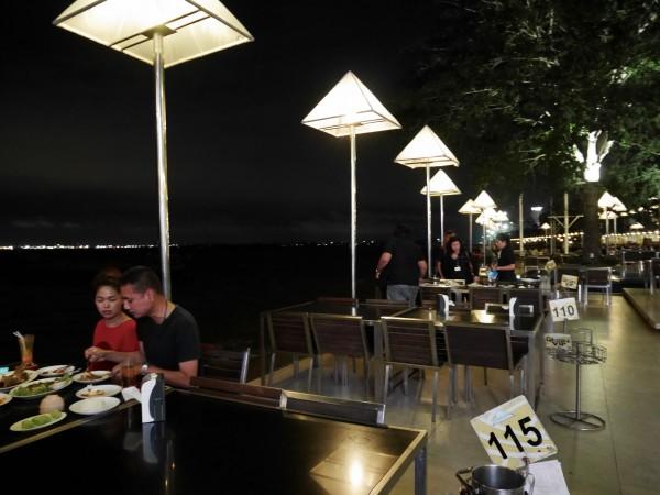 Moom Aroi Seafood Restaurant1