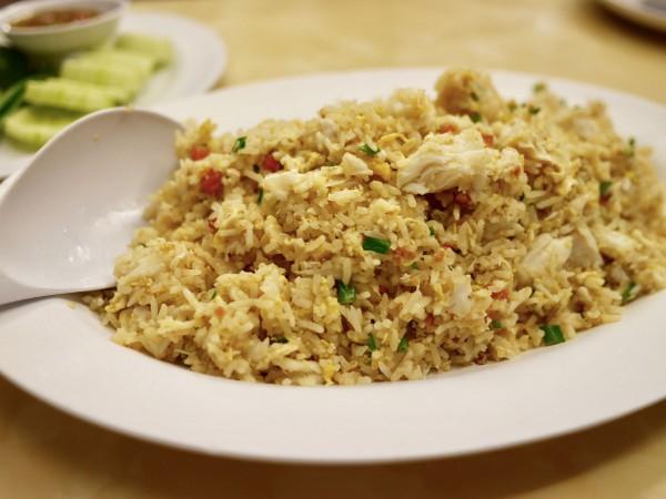 Moom Aroi Seafood Restaurant7